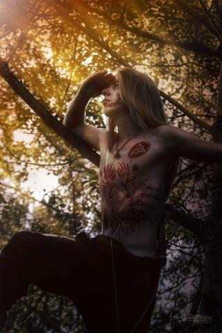 Photographe particuliers Reims, Shooting photo en forêt avec Tom, Retouche photo effet Chaman